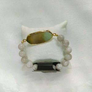 Deja Vous Jewelry - NWT Agate Slice Gemstone Stretch Bracelet