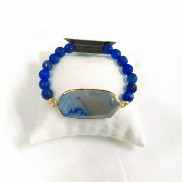 Deja Vous Jewelry - NWT Artisan Agate Slice Blues Stretch Bracelet