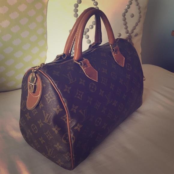 ade86b244055 Louis Vuitton Handbags - Louis Vuitton Vintage Speedy 30 - zipper changed