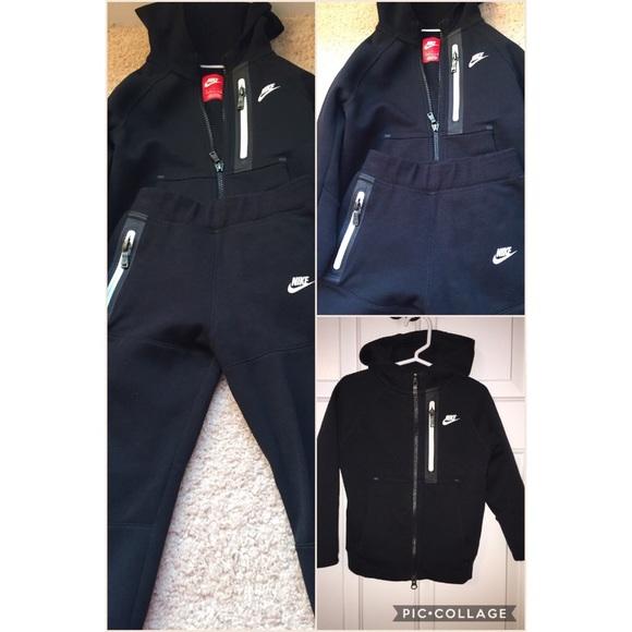 aca95132e7cf Toddler Nike Tech Fleece Two-Piece. M 58519388f09282b98d01be56