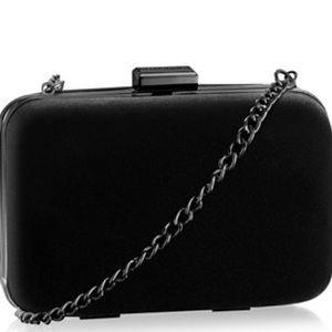 Giorgio Armani Handbags - 🎅1 HR sale🎅Giorgio Armani Clutch ✨