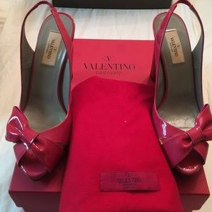 Authentic Valentino shoes 👠 37 (7.5 US)