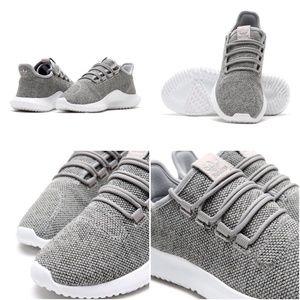 Adidas Rørformet Skygge Strikke Sneaker Grå / Kjører Hvit VZkrrJxv5