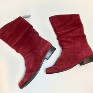St. John's Bay Shoes - $25 🆑NWT Merlot genuine leather slouch boots