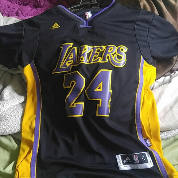 d2b41c5ac4f0 Adidas Other - Kobe Bryant Hollywood nights jersey with sleeves