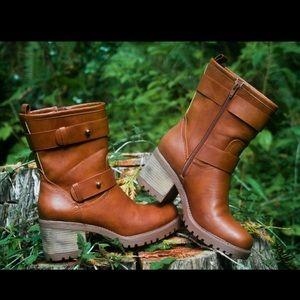 Mudd Women's Heeled Moto Boots