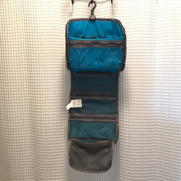 sklep dyskontowy sprzedawca detaliczny szczegóły dla Dakine Diva 4L travel toiletry bag plaid hook EUC