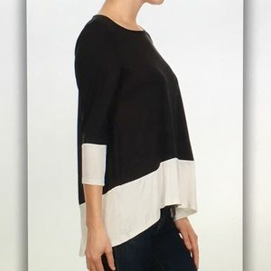 Tops - 🌸Black and🌸white high low 3/4 sleeve blouse