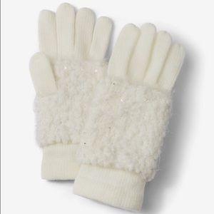 Express Ivory Popcorn Knit Gloves