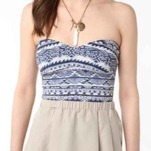 UO/Sparkle & Fade Tribal Print Strapless Top