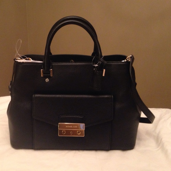 60% off Michael Kors Handbags - Sold! Michael Kors Large Satchel ...