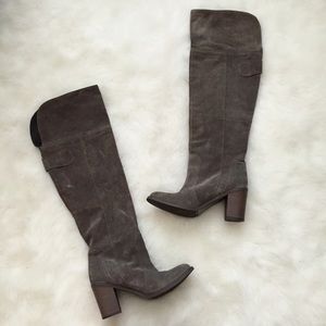 Charles David Shoes - Charles David Gray Suede Knee High Boots❤️