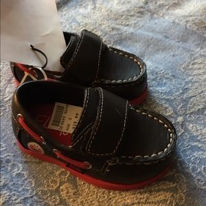 Sesame Street Other - NWT Sesame Street Elmo Brown Mocassin Shoes size 3