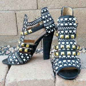 Not Rated Shoes - 🎉HP🎈 Not Rated studded woven heels
