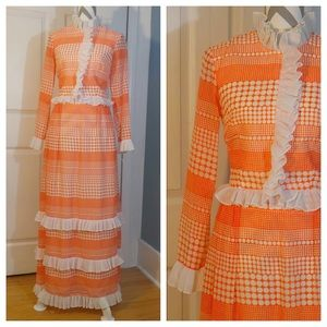 Vintage orange and white dress size small