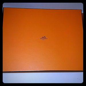 Hermes Box.11.25x9x2.75