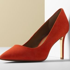 Tory Burch Elana Suede Pointy Pumps SZ 8 Poppy Red