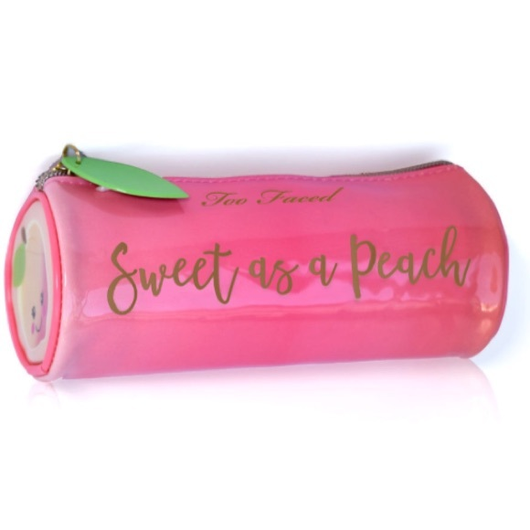 Too Faced - Too faced sweet as a peach 🍑 make up bag new from ...