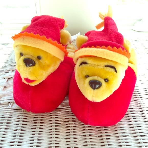 1b950b350d77 LAST PAIR NEW kids Disney Winnie the Pooh slippers