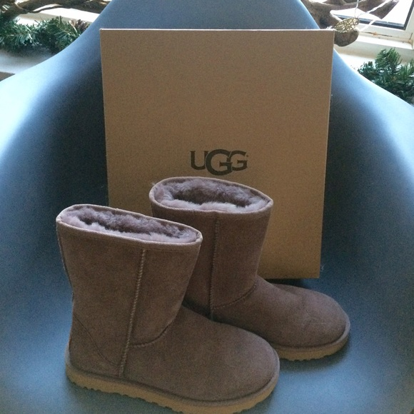 14533a8d7f4 UGG Classic II Short Boots - stormy grey