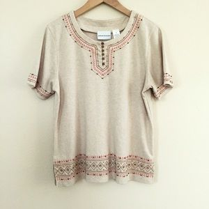 Alfred Dunner Tops - ✨Host Pick✨Embroidered Top