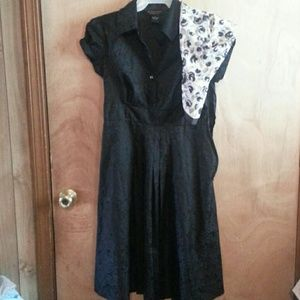 Robbie Bee Dresses & Skirts - Signature  black  dress by Robbie  Bee#FREE  scarf