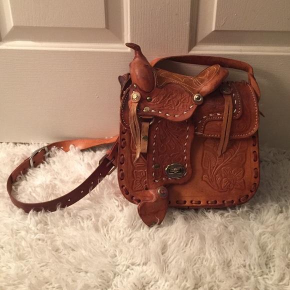 65624adf96 Mexican Western Leather Cross Body Saddle Bag. M 5852bcd4eaf0308dd9034668