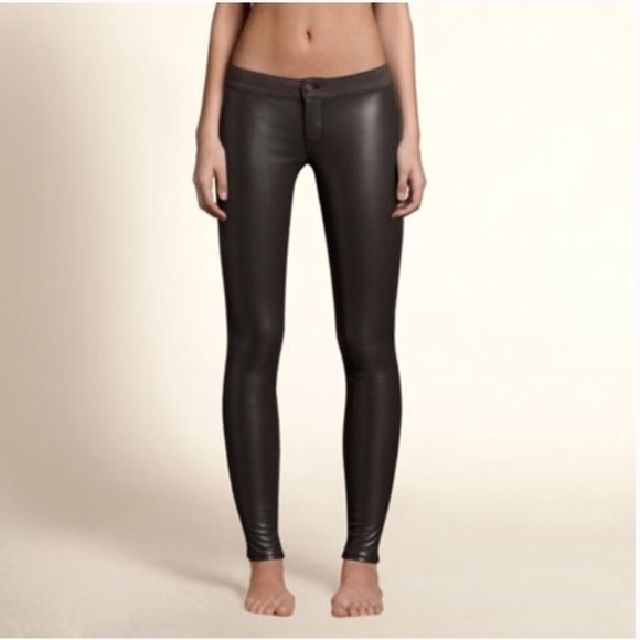 B2g1 Vegan Leather Front Leggings 00
