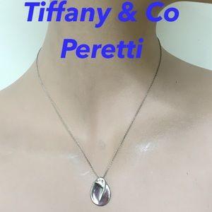Authentic Tiffay&Co , Peretti Necklace 