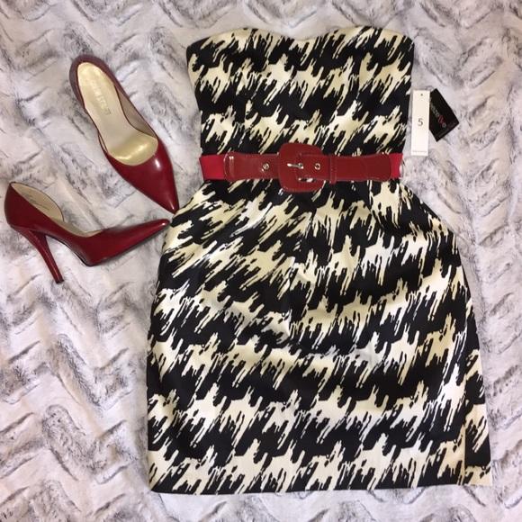 Dresses & Skirts - ⚠️Final⚠️ Houndstooth Dress