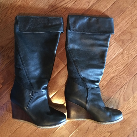 49 ugg shoes authentic ugg black leather wedge