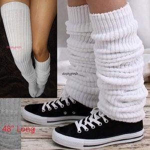 HUE Accessories - Long Loose Japanese School Girl Socks Black White