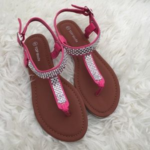 Sandals size 5 brand new last Pair size 5