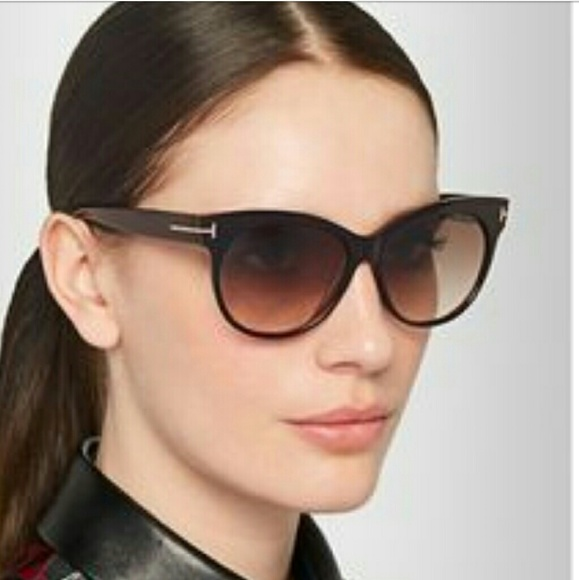 5f0d319e3c0d New Tom Ford Saksia Cat-Eye Sunnies in Havana. M 5853381a7fab3a741a00f6c9