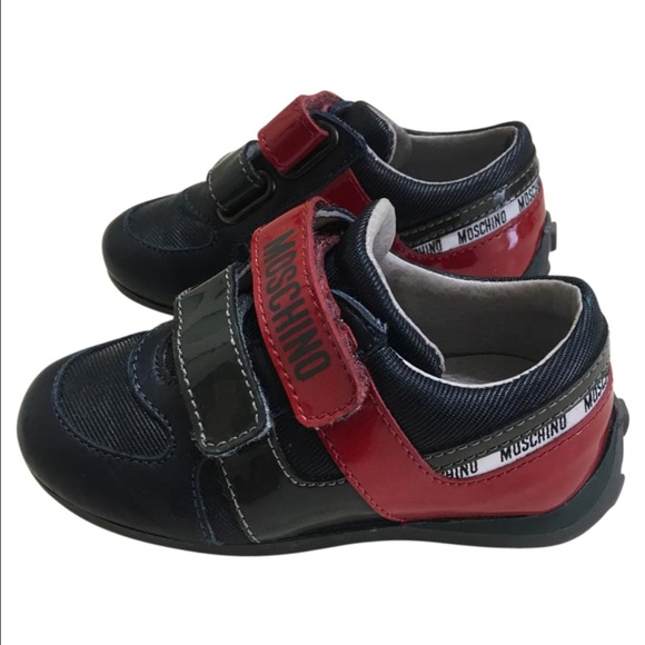 d517a82d1eca Baby boy Moschino leather tennis shoes sneakers 5.  M 585ceffc5a49d077e508ba3a