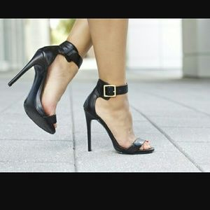 Steve Madden MARLENEE Black Heels