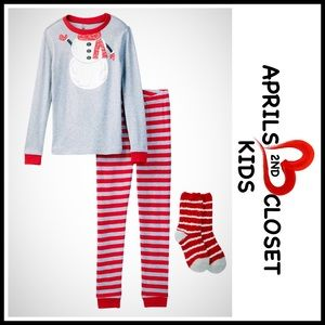 Petit Lem Other - ❗1-HOUR SALE❗SNOWMAN PJ & Socks Pajama Set