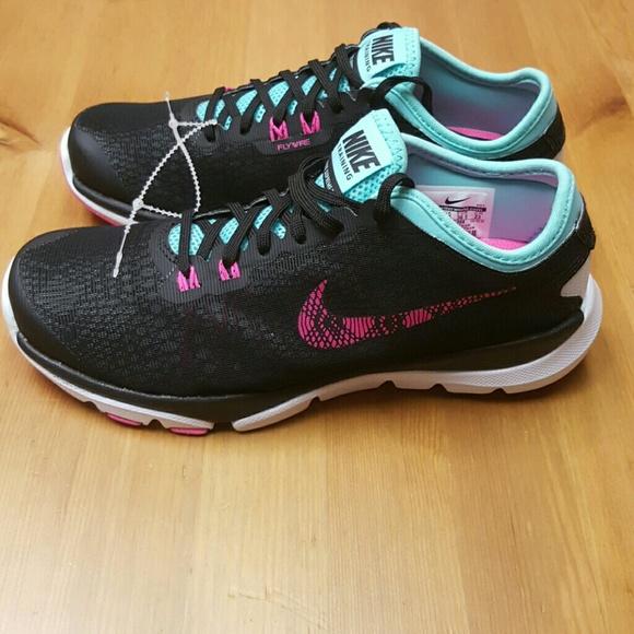 be28fd6fd84b Nike Women s Flex Supreme TR 4 BTS. M 5853498beaf030351e0136c4