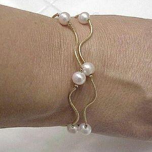 Jewelry - 14k gold double string freshwater pearl bracelet