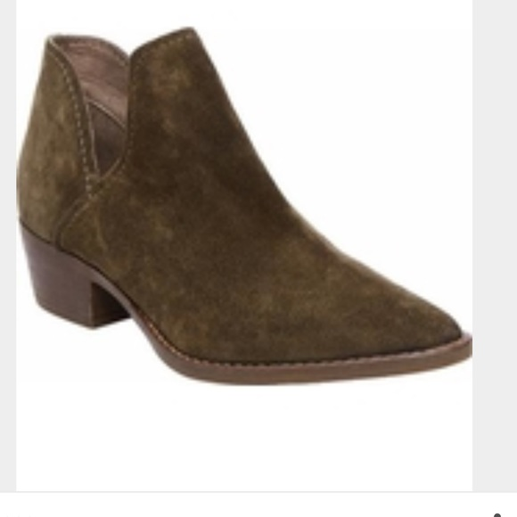 3d56ee55e23 NEW Steve Madden Austin Booties Olive Suede 8