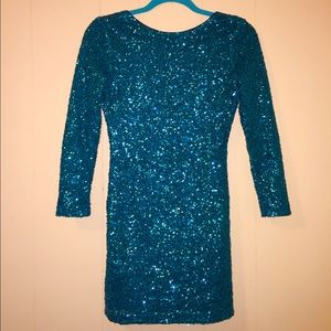 Emerald Sequined Bodycon Dress
