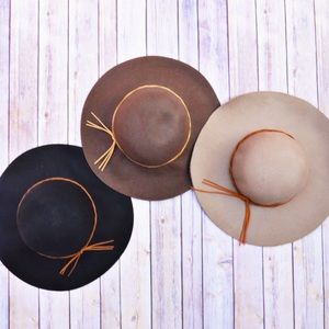 Blackberry Boutique Accessories - 🎀New Arrival🎀 Star Gazing Floppy Hats