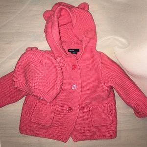 GAP Other - Gap Baby girl sweater and hat set
