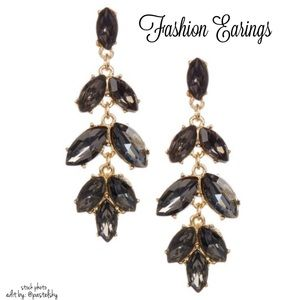 Jewelry - 🆕 fashion earrings