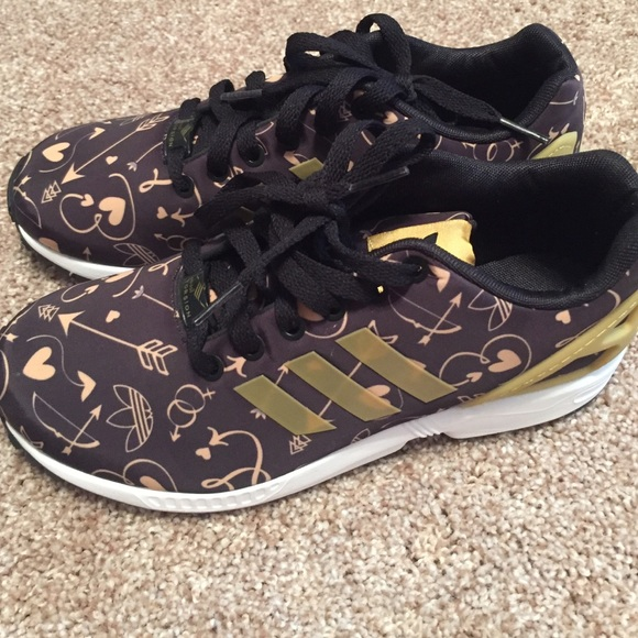 competitive price 3a96e b7a6a Adidas Shoes - Adidas hearts and arrows torsion sneakers