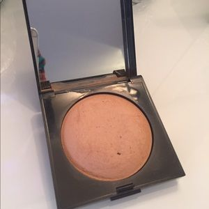 Laura Mercier Radiance baked powder ❤Bronze 01