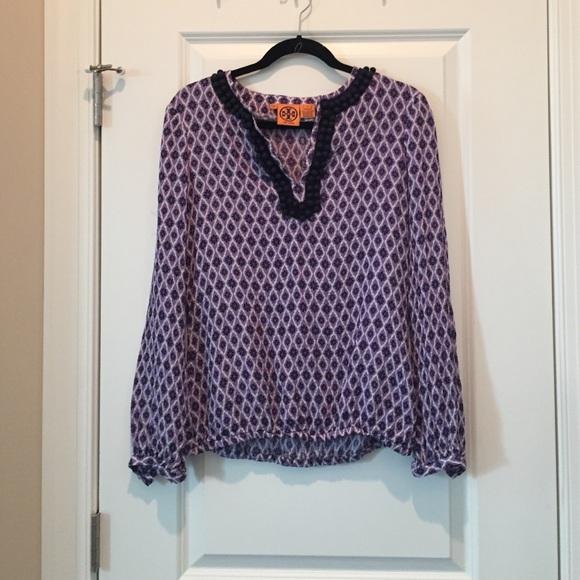 ce785e5aa9d5c Cute Tory Burch silk blouse - size 6. M 5854111e36d594ee9703a1fd