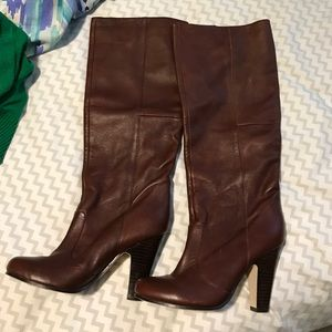 DOLCE VITA BROWN LEATHER BOOTS SIZE 7