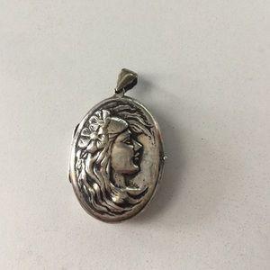 Sterling silver Mother Nature pendant locket