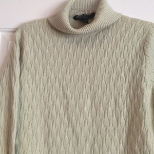 Mariele Waithe Sweaters - Celery Green Cashmere Cableknit Sweater - XLarge